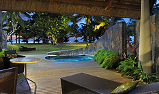 Beachfront Suite with pool