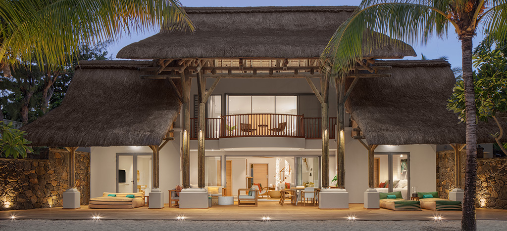 Paradis Beachocmber beachfront villa