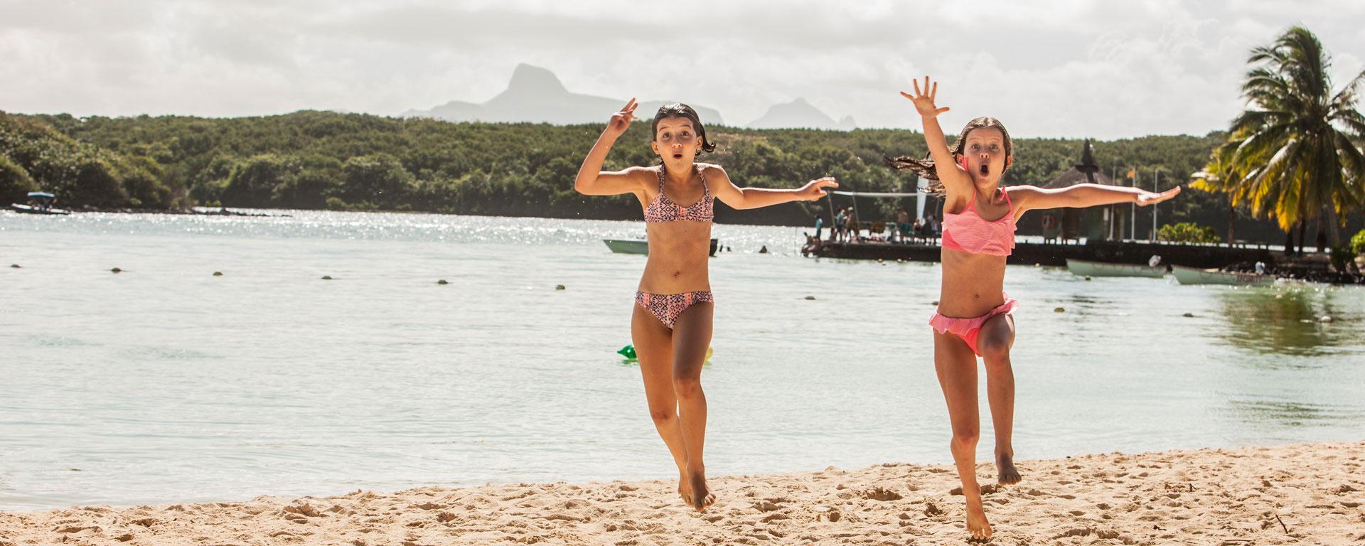 beachcomber familymoon image2