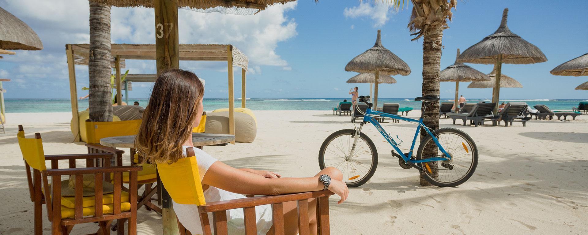 Butik Bar - Bars - Dinarobin Beachcomber