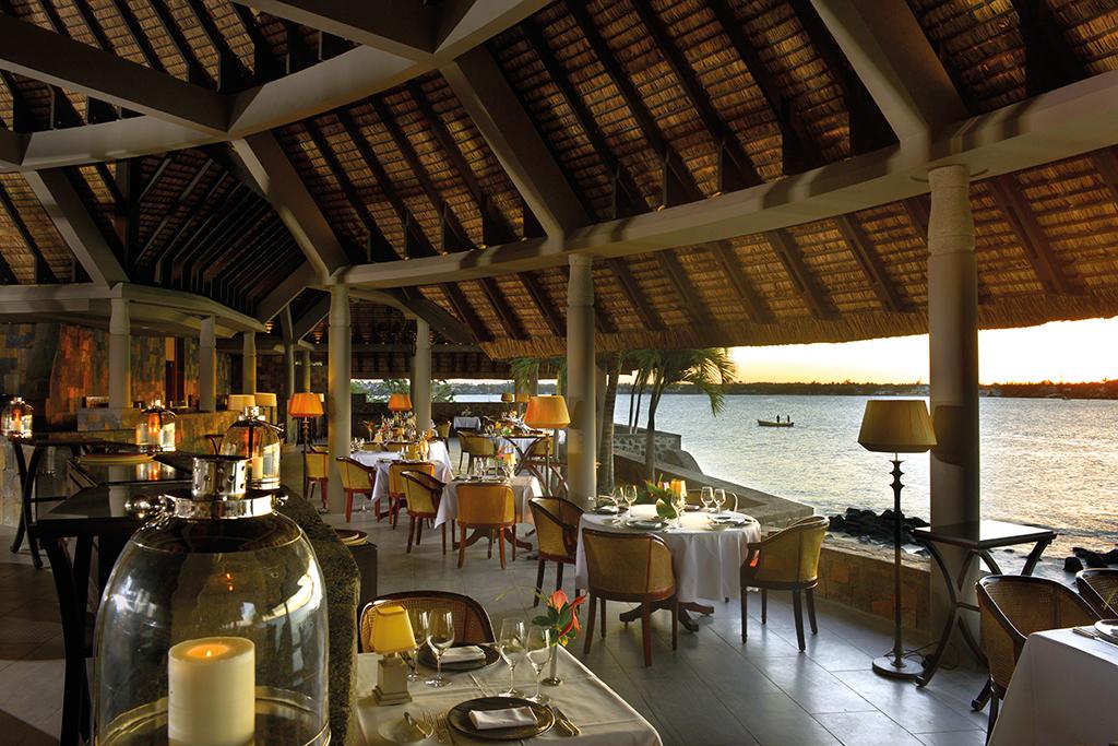 Chef Michel de Mattéis presents the new menu of la Goélette at the Royal Palm Mauritius