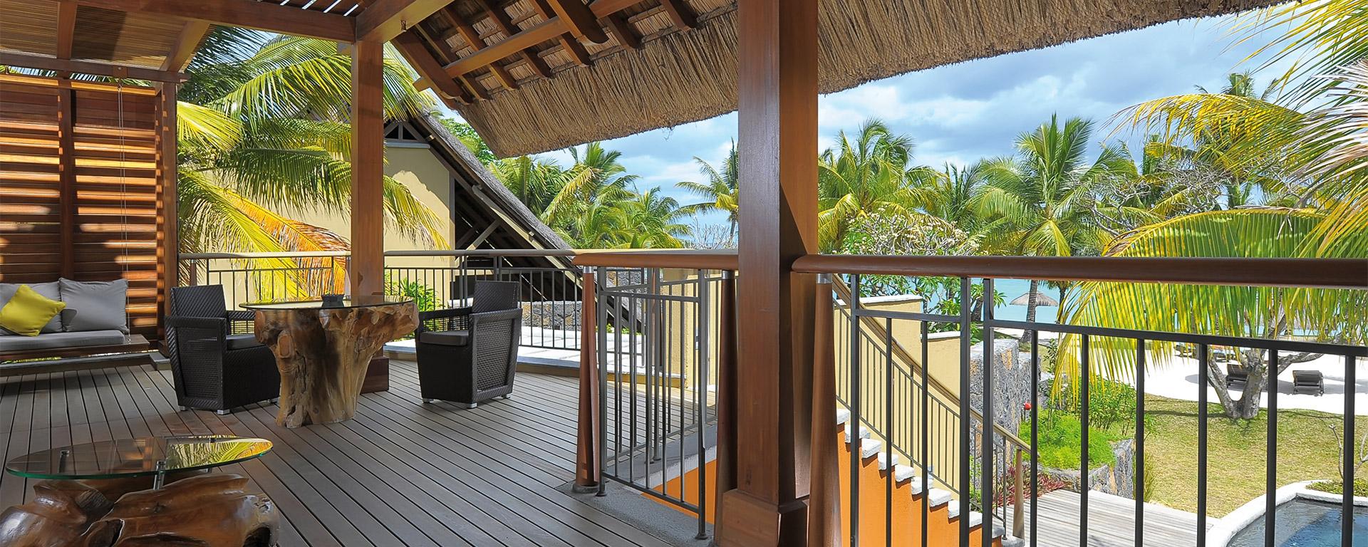 Beachfront Senior Suite with pool