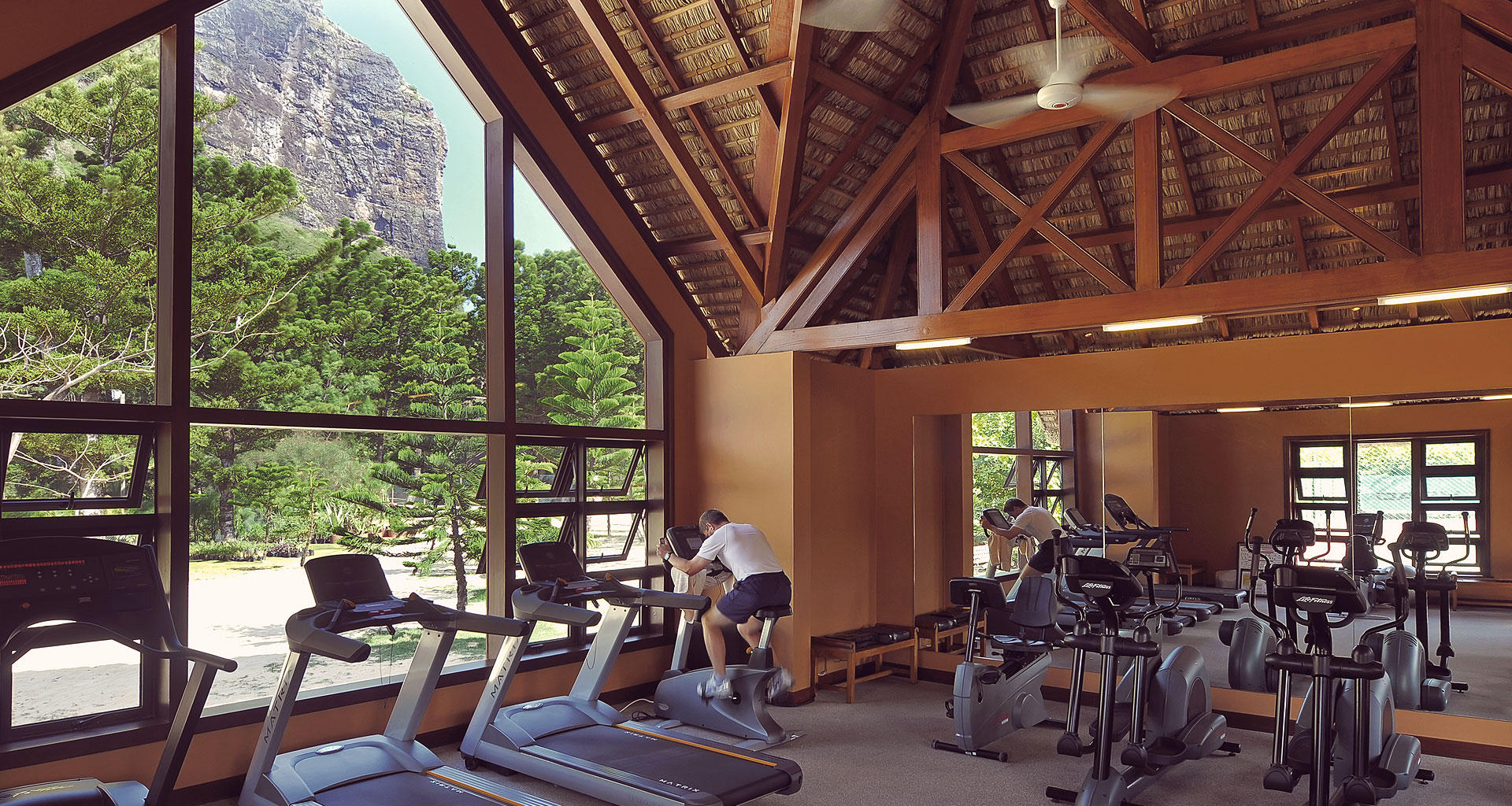 Sports Centre - Dinarobin Hotel Golf & Spa - Sports & Activities